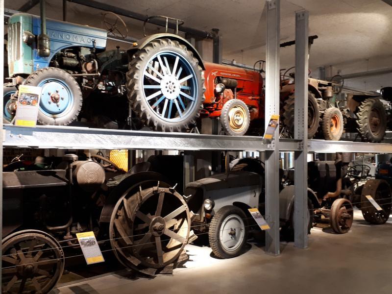 Freilichtmuseum am Kiekeberg Oldtimer-Traktoren Agrarium