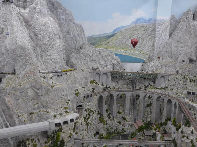 Miniatur Wunderland Schweiz_ Ausflüge mit Oma und Opa