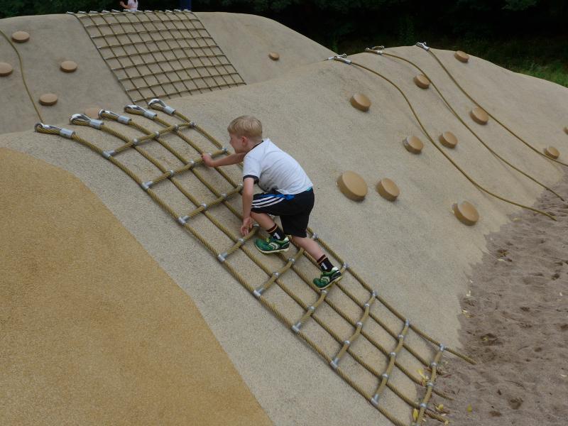 Spielplatz Wüstenwellen Inselpark - Ausflüge mit Oma und Opa