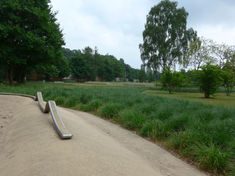 Spielplatz Wüstenwellen Inselpark Hamburg - Ausflüge mit Oma und Opa