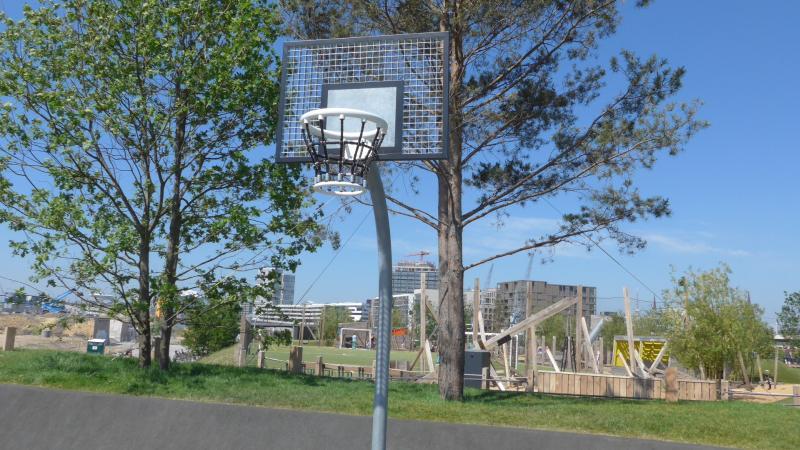 Basketballcourt Baakenhafen Frühlings-Unternehmungen