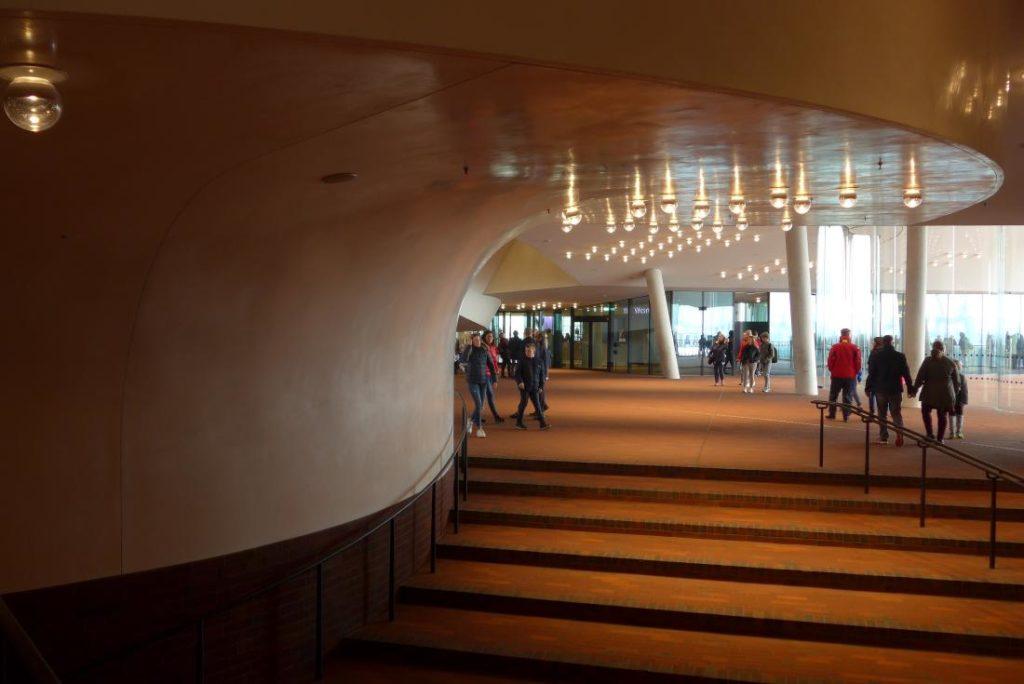 Innenplaza Elbphilharmonie